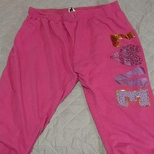 Pants - Women's Capris