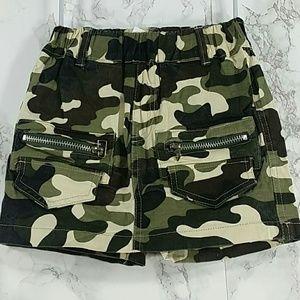 Other - Olive Green Camouflage Zipper Skort Shorts. Kids