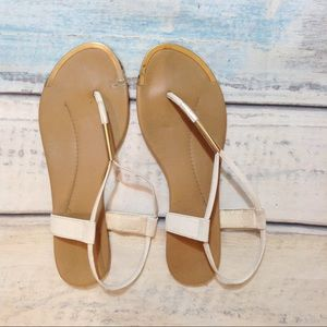 Shoes - 🍂5for$25🍂 White & Gold T Strap Sandals