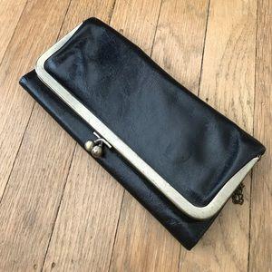 HOBO Handbags - Wallet clutch