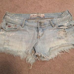Hollister Pants - Hollister light denim shorts
