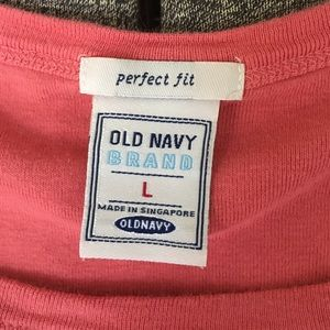 Old Navy Tops - Perfect fit tee shirt