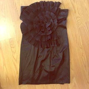 Blaque Label Dresses & Skirts - Black Circle Pleat Ruffle Strapless Dress