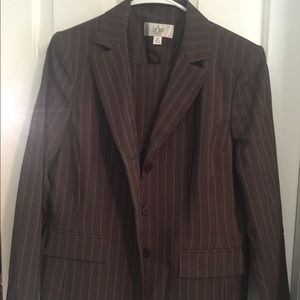 Le Suit Jackets & Blazers - Le Suit Brown Stripe Pant Suit