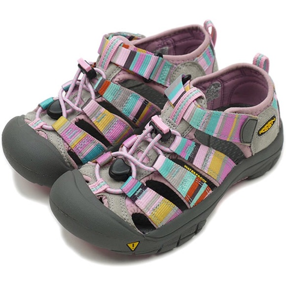 """What Are Water Shoes? """"Water shoes"""" refers to a category of waterproof footwear designed to be worn in or around the water. The shoes are referred to as """"waterproof,"""" but this terminology refers to the fact that the material from which they are made can withstand submersion in water."""