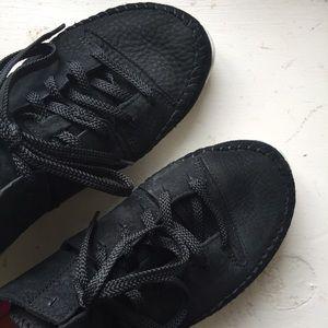 Clarks Shoes - Clarks Trigenic Flex size 8