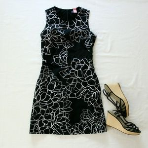 Gap black and white floral dress