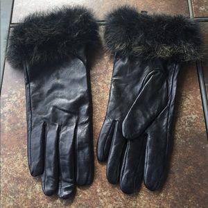 Alexandra Bartlett Accessories - Black Leather Gloves