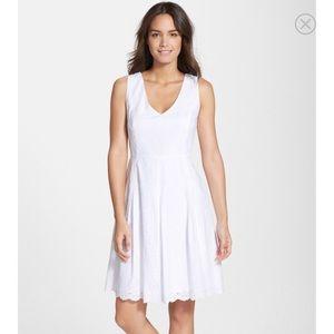 Ivanka Trump Dresses & Skirts - Ivanka Trump eyelet lace dress fit n flare 8