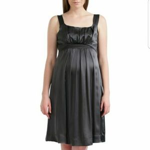 Momo Maternity Dresses & Skirts - MOMO silk maternity dress
