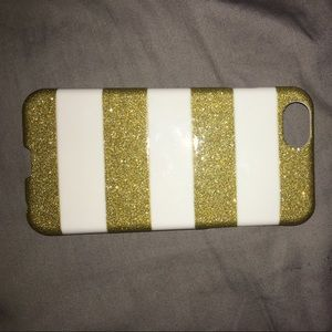 Accessories - I'm selling a golden white iPhone 6 or 6S case