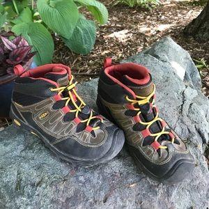 Keen Other - ☀️WEEKEND SALE!!☀️Keen Waterproof Hiking Boots
