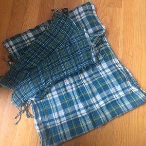 FINAL SALE ❗️Maurice's plaid scarf