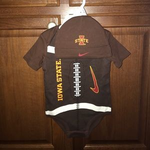 Infants Iowa State Nike Onsie with hat new 6/9 mon