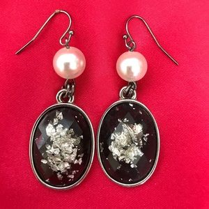 Jewelry - Black & Pearl Earrings