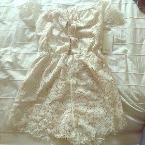 Tobi Other - White Lace Tobi Romper NWT