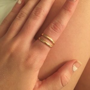 gold double stripped ring