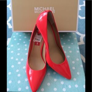 e87c477680e8 Michael Kors Shoes - Brand New Michael Kors Coral Reef Pumps