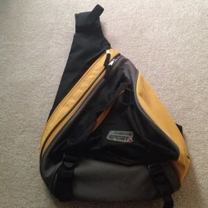 Jordan Other - Jordan sport black/yellow travel bag