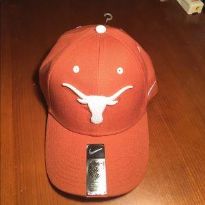 76c5845da100a Nike Accessories - Texas Longhorn Nike Velcro Strap-On Baseball Cap