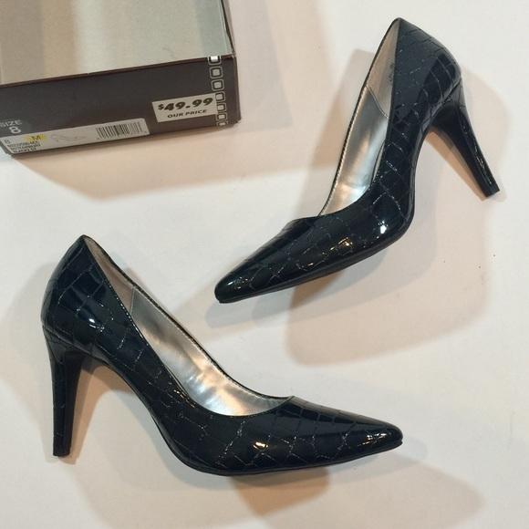 af7f09dd33 Bandolino Shoes | Black Faux Snake Skin Pointed Heels Nib | Poshmark