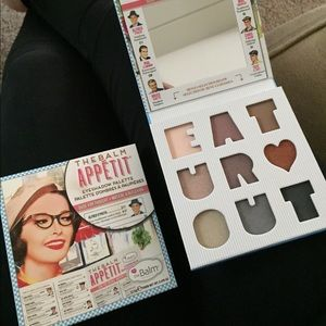 NWT TheBalm Appetit eyeshadow palette