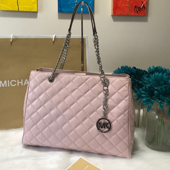 7ae57699009a Michael Kors Bags | Susannah Blossom Tote | Poshmark