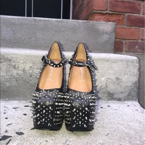 Jeffrey Campbell spikes