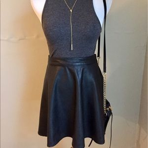 Abercrombie & Fitch black leather skater skirt  S