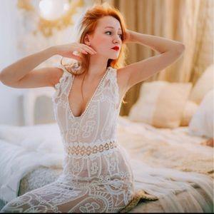 Exquisite Lace maxi dress