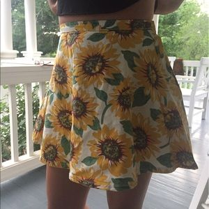 CHOISE Dresses & Skirts - Sunflower skirt