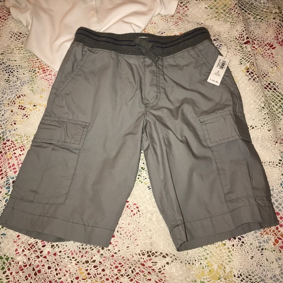 Gray Boys' Shorts and Boys' Cargo Shorts at Macy's come in a variety of styles and sizes. Shop Gray Boys' Shorts at Macy's and find the latest styles for your little one today.
