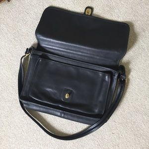 Coach Bags - Vintage Coach Leather Briefcase/Laptop Bag