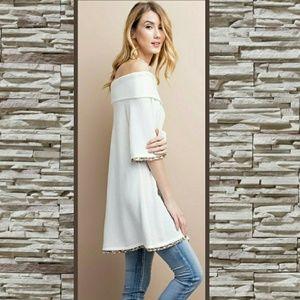 🎉HP🎉SOFT EMBRACE WHITE OFF SHOULDER DRESS