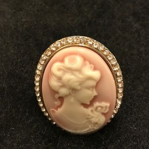 vintage Jewelry - Vintage Cameo Ring