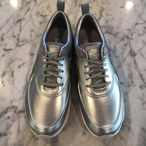 Nike women's air max Thea metallic