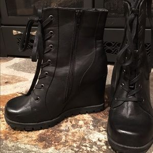 2 Lips Too Shoes - Combat wedge boots