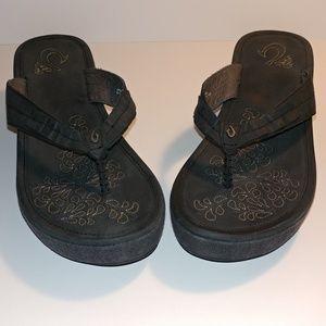 OluKai Shoes - Olukai Pale Lio Wedge