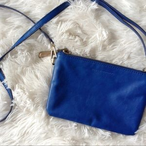 BANANA REPUBLIC royal blue double zip cross body