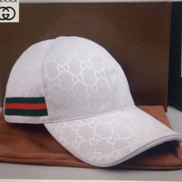 AUTHENTIC-GUCCI-SIGNATURE-LOGO-WOMENS-BUCKET-HAT-made-in ... |White Gucci Hat