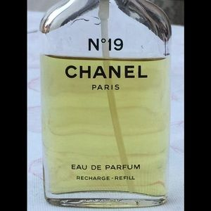 CHANEL No. 19 EAU DE PARFUM RECHARGE REFILL USED!