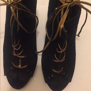 Zara Shoes - Zara butterfly back