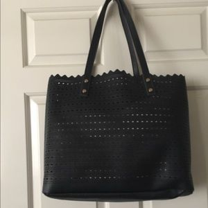 Bags - 🛍NY&Co Perforated Navy Tote