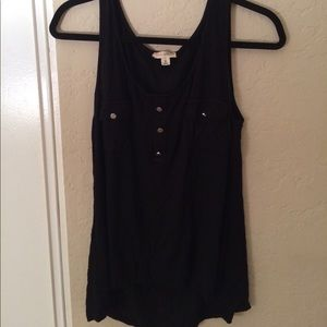 Zenana Outfitters Tops - Black tank top with buttons