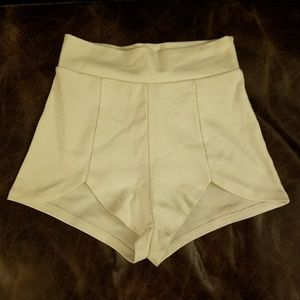 Solemio Pants - White Stretch High Waisted Nastygal Booty Shorts