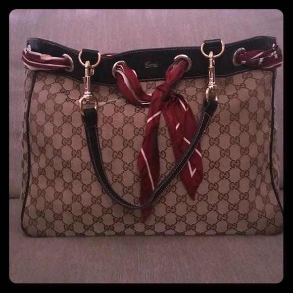 74e0e566068 Gucci Handbags - 💯% Authentic GUCCI Positano scarf tote Logo Print