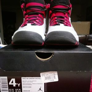 Air Jordan Girls Retro 10