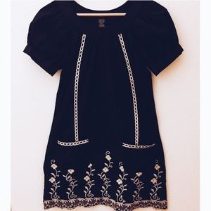Rhapsody Dresses & Skirts - Rhapsody Vintage Shift Embroidered Dress-reduced