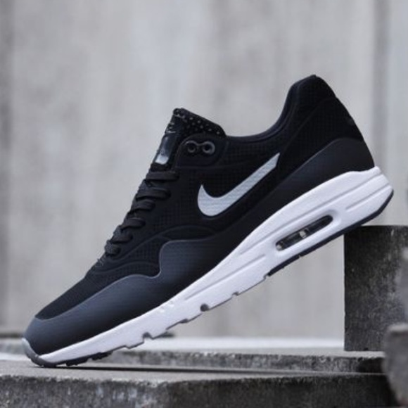 the best attitude 722f6 bb197 Women s Nike Air Max 1 Ultra Moire