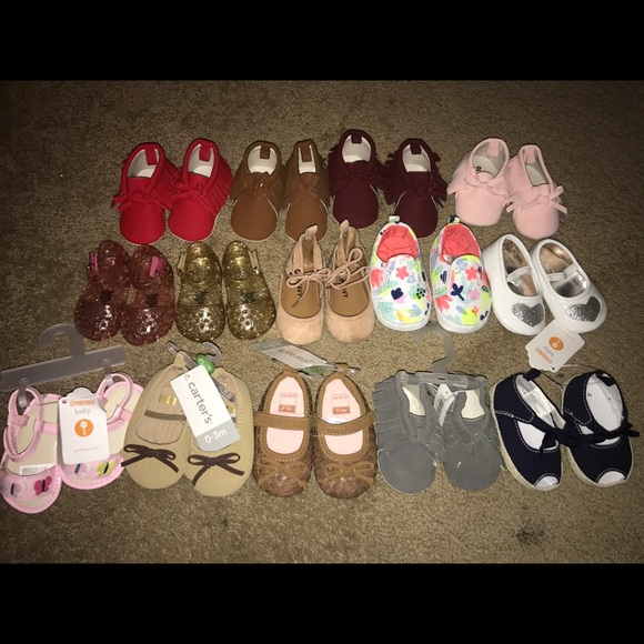 off Old Navy Other Baby girl shoes size 0 3 months